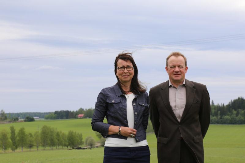 Kaisa Riiko on Järki Lanta -hankkeen projektikoordinaattori ja Ilkka Herlin ohjausryhmän puheenjohtaja. Herlin on myös Itämerta suojelevan säätiön Baltic Sea Action Groupin (BSAG) perustaja, hallituksen puheenjohtaja ja rahoittaja. Järki Lanta toimii osana Järki-hanketta, joka on BSAGin ja Luonnon- ja riistanhoitosäätiön yhteishanke. Järki-hankkeen tarkoituksena on suojella vesistöjä ja lisätä luonnon monimuotoisuutta. Tavoitteena on pelastaa Itämeri, ja säilyttää maatalous elinvoimaisena. Riiko ja Herlin uskovat sen olevan mahdollista.