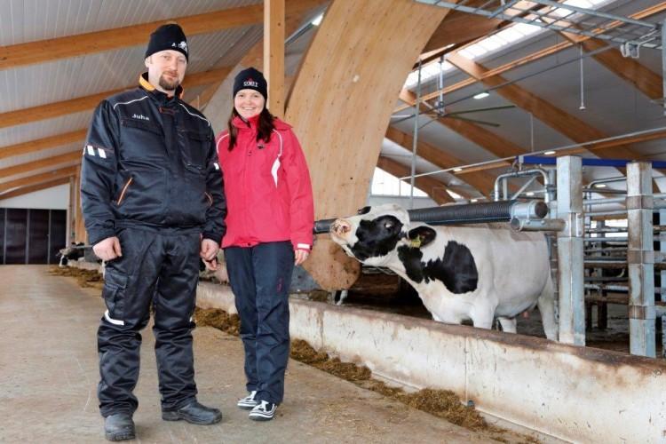 Leveä pihatto lehmien ehdoilla