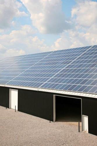 Aurinkovoimala sopii tee-se-itse-rakentajalle