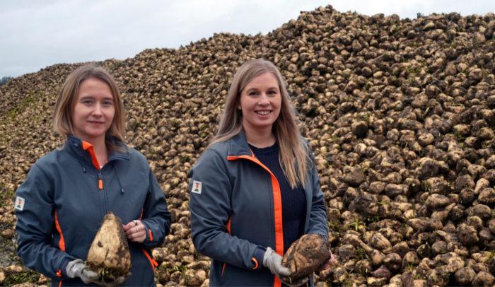 Kesän aikana KWS:n Annariina Kokko ja Sanni Yli-Puntari tekivät kahden kesätyöntekijän kanssa yli 700 tilakäyntiä.