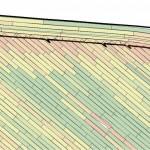Ajopaikannusaineiston käsitteleminen pöytätietokoneella laajentaa mahdollisuuksia lähes rajattomasti. Yksi käyttökelpoisimmista toiminnoista on ns. puskurivyöhykkeen piirtäminen. Lohkon sisältä rajataan jokin alue, joka leikkautuu tavallaan lohkoksi lohkon sisällä. Traktorissa puskurin raja näkyy näytöllä katkoviivana. Puskureita piirtämällä karttapohjalle voi tehdä kaikenlaisia merkintöjä itselleen. Epäsäännöllisen muotoisen pellon päisteen tuskin kannattaa olla yhtä leveä jokaisessa lohkon kohdassa. Päisterajan voi myös vääntää terävälle mutkalle niistä kohdista, mistä ruiskutuslinja on kulkenut. Kylväessä väkästä ei voi olla huomaamatta opastimen näytöltä päistekäännöksen aikana. Ajourat voi paikotellen olla viisasta suunnitella koko ruiskunleveyttä tiheämpäänkin, jos lohkon leveys ei sovi kaluston kanssa yksiin tai jokin reuna kiilaa. Vajaata työleveyttä ei myöskään aina kannata jättää reunimmaiseen ajolinjaan.