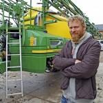 """""""Me saamme suuremmalla varmuudella ja tarkkuudella aineet peltoon tällä ruiskulla"""", Jakob Frankenhaeuser kertoo."""