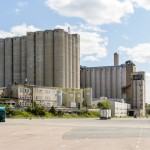 Kotimaisen suuremman mittakaavan varastoinnin runko syntyy Suomen Viljavan siilostoista. Valtion viljavarastolta periytynyt siilo- ja tasovarastojen verkosto mahdollistaa jopa 1,3 miljoonan viljatonnin varastoinnin lähes kahdellakymmenellä paikkakunnalla.